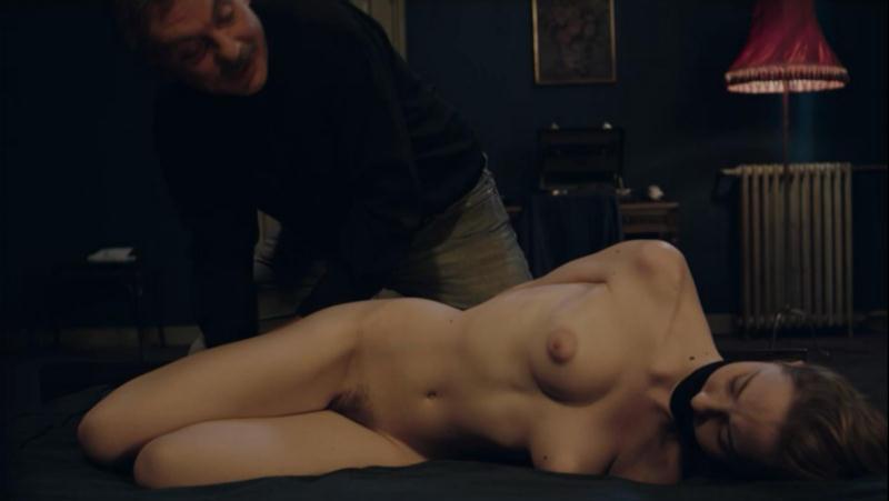 Marina bondage clip
